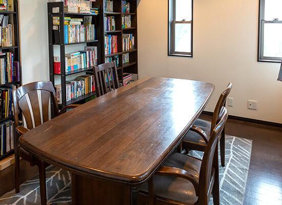 ワイズオクターブ学習ルーム個室6畳テーブルタイプ